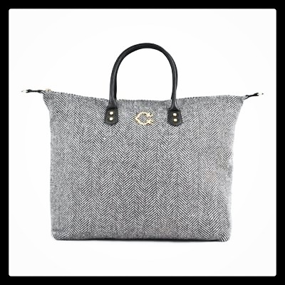 tote, tote bag, fashion, style, travel, travel bag, luggage, cute luggage, weekender tote, weekender bag, duffel bag, c.wonder, herringbone, black and white bag