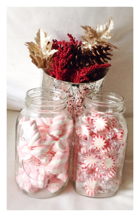 decor, holiday decor, decorating, home, home decor, home decorating, design, interior design, holiday decor, decorations, holiday decorations, christmas decor, christmas decorations, winter decorations, winter decor, mason jars, mason jar decorations, mason jar christmas decorations, diy, pinecones, peppermints, peppermint decorations, candy