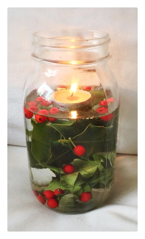decor, holiday decor, decorating, home, home decor, home decorating, design, interior design, holiday decor, decorations, holiday decorations, christmas decor, christmas decorations, winter decorations, winter decor, diy, mason jars, mason jar decorations, mason jar christmas decorations, candle, christmas candle, tealight candle, holly