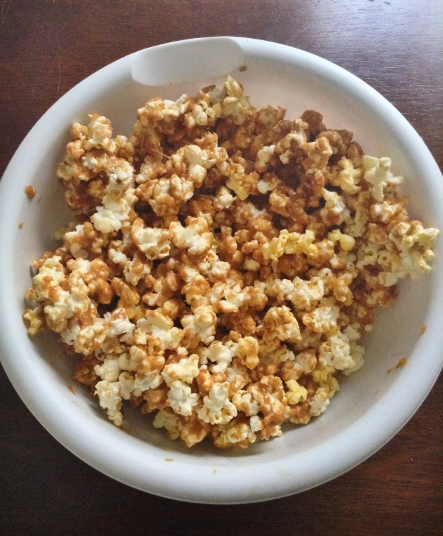 food, cooking, baking, sweets, desserts, dessert recipes, popcorn, peanut butter, peanut butter popcorn, peanut butter popcorn recipe
